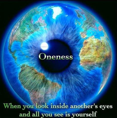 Lorsque tu regardes à l'intérieur des yeux de l'autre, tu ne vois que toi.